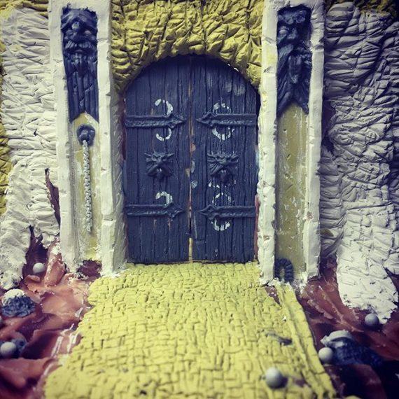 Dwarves Stronghold Workshop Gate. Work in progress. #sculpey #milliput #greenstuff #dwarves #fantasyart #wargameterrain #warhammer #oldham@er #dungeonsanddragons #tabletop #miniaturesculpture