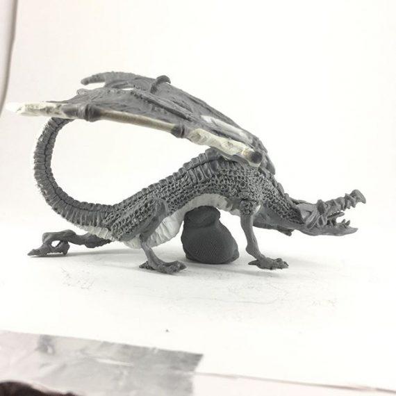 Oldhammer dragon sculpt for @old_school_miniatures #oldhammer #miniaturesculpting #fantasyart #dragon #dungeonsanddragons #warhammer #milliput #procreate