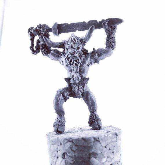 New Minotaur miniature sculpt. 50mm tall to the top of the sword. #28mm #sculptingminiatures #warhammer #oldhammer #dungeonsanddragons #greenstuff #fantasyart #greekmythology